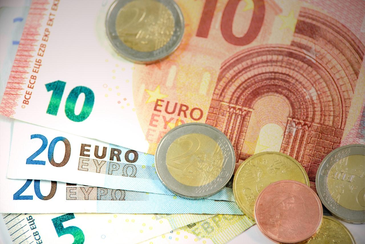 Warum lohnt es sich, Fremdwährung bei sich zu haben?